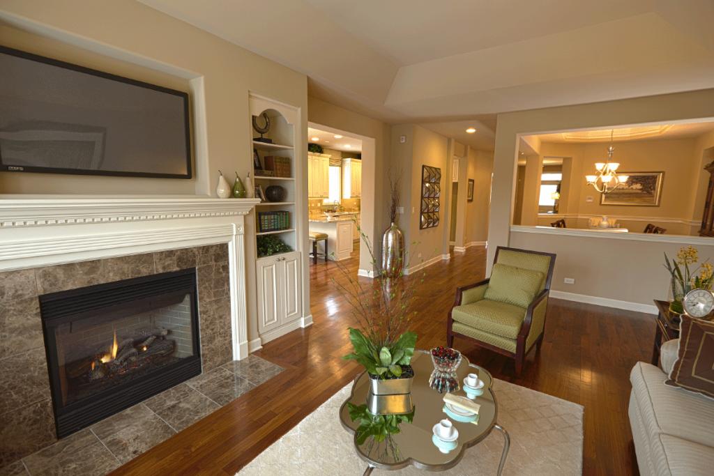 woodglen-living-room