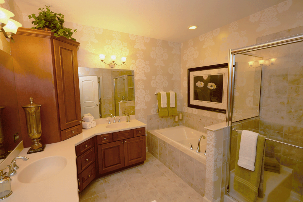 woodglen-master-bathroom1