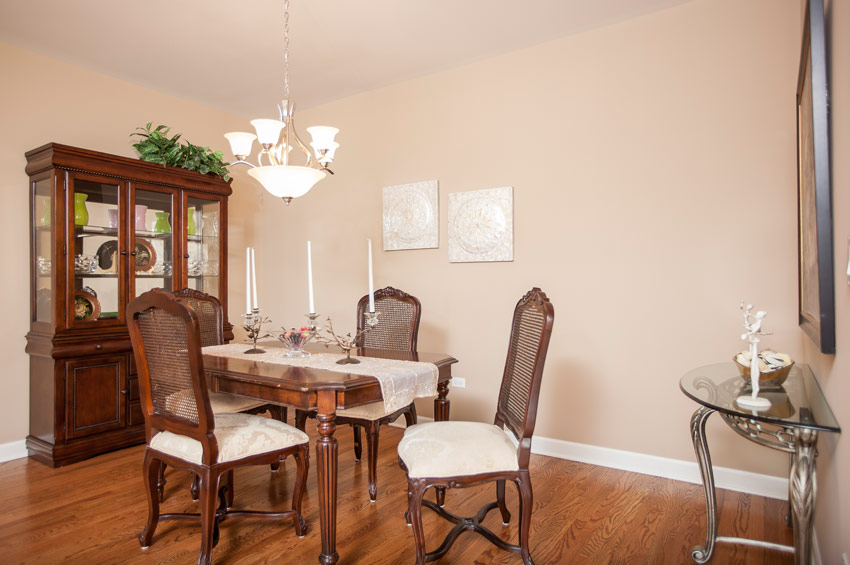avondale-dining-room